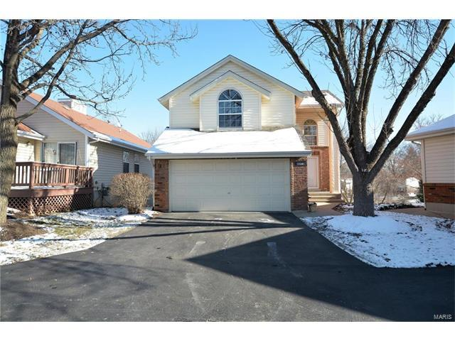 13059 Midfield Terrace, St Louis, MO 63146 (#18000103) :: Clarity Street Realty