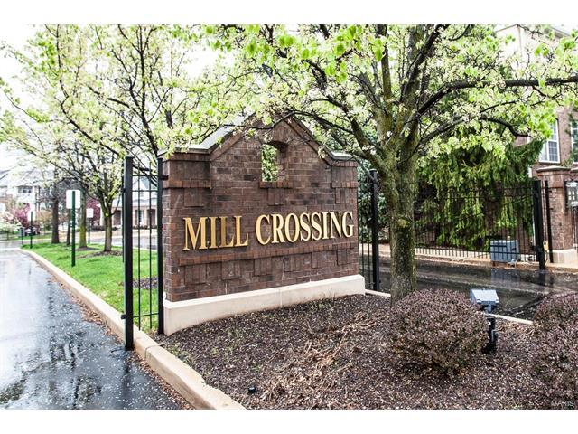1151 Mill Crossing #202, Creve Coeur, MO 63141 (#18000276) :: St. Louis Finest Homes Realty Group