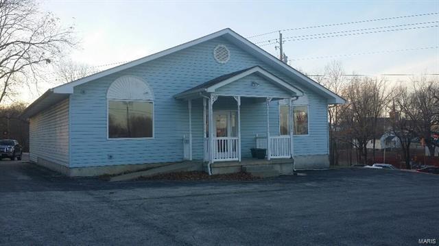 403 S Oak, Union, MO 63084 (#18001013) :: The Kathy Helbig Group