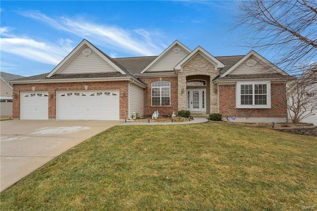 135 Barrington Lake Drive, Dardenne Prairie, MO 63368 (#18001715) :: Kelly Hager Group | Keller Williams Realty Chesterfield