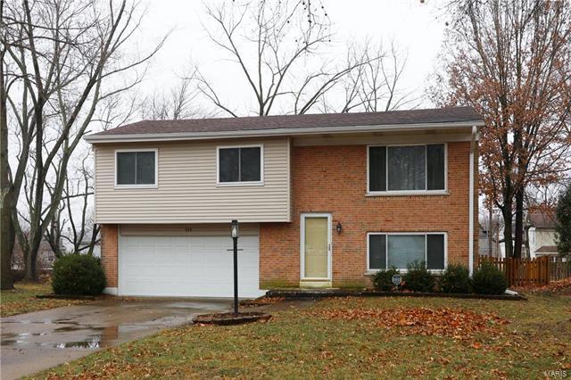934 Barbara Ann Lane, Ellisville, MO 63021 (#18001783) :: The Becky O'Neill Power Home Selling Team