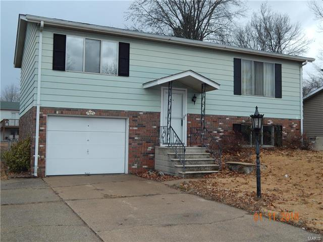 133 San Mateo Drive, Belleville, IL 62221 (#18002237) :: Clarity Street Realty