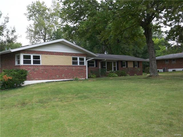 12212 Sunset Terr, Sunset Hills, MO 63127 (#18002299) :: St. Louis Realty