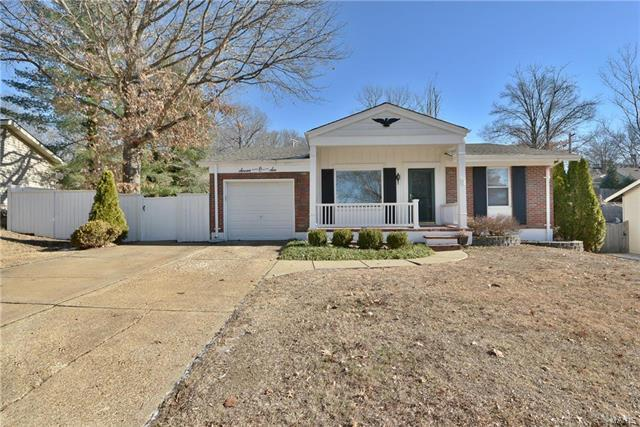 706 La Marite Drive, Manchester, MO 63021 (#18002363) :: The Becky O'Neill Power Home Selling Team