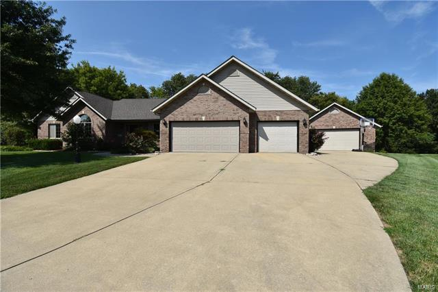 10 Steven Louis Court, Troy, IL 62294 (#18003049) :: Fusion Realty, LLC