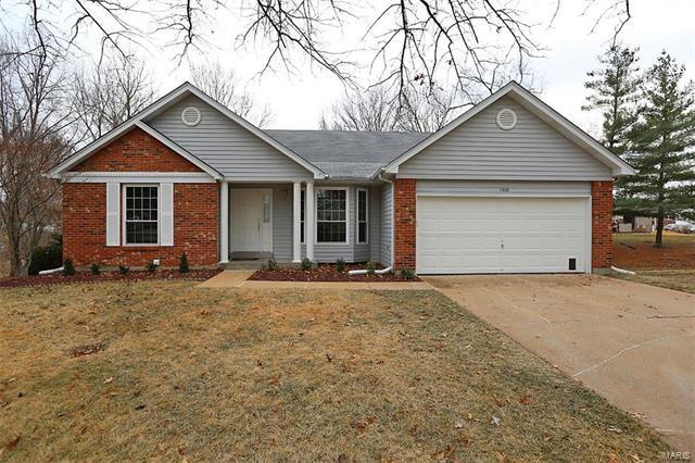 1402 Sawyers Trail Court, Fenton, MO 63026 (#18003106) :: The Becky O'Neill Power Home Selling Team