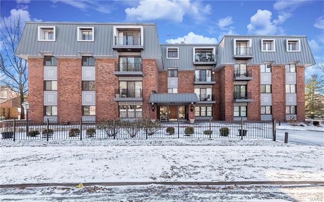 450 W Adams Avenue #23, Kirkwood, MO 63122 (#18003120) :: St. Louis Realty