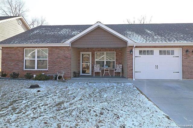 30 Pecan Tree Lane, Farmington, MO 63640 (#18003180) :: Sue Martin Team