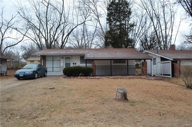 10119 Saffron Drive, St Louis, MO 63136 (#18003207) :: Barrett Realty Group