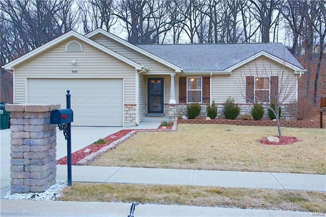 908 San Luis Drive, Fenton, MO 63026 (#18003224) :: The Becky O'Neill Power Home Selling Team