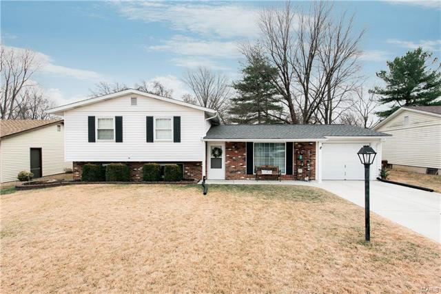 28 Green Hill Lane, Saint Peters, MO 63376 (#18003405) :: St. Louis Realty