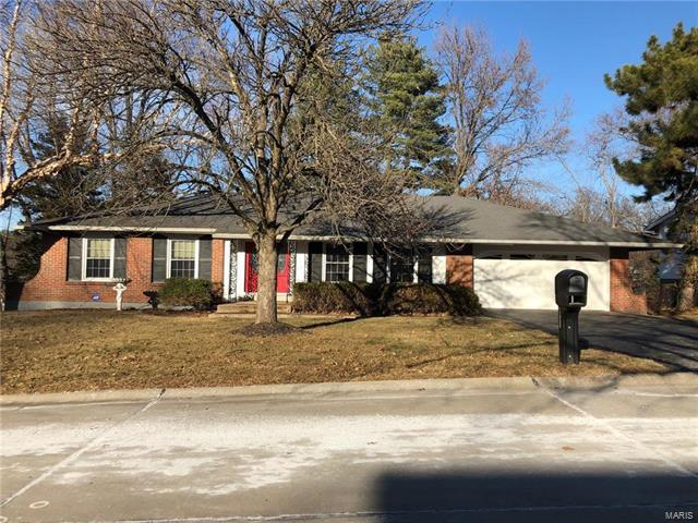 11925 Gaiete Lane, St Louis, MO 63146 (#18003470) :: Clarity Street Realty