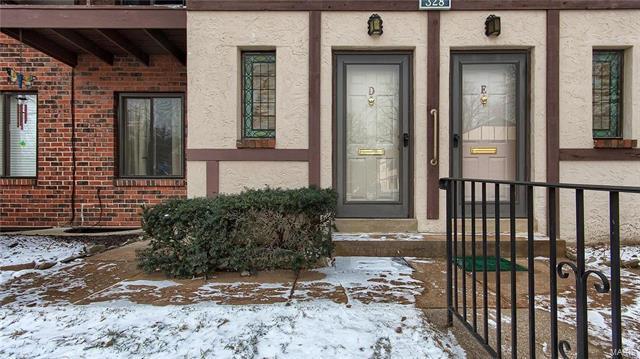 328 Barrington Square D, Kirkwood, MO 63122 (#18003533) :: St. Louis Realty