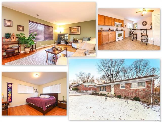 2349 Buller Drive, St Louis, MO 63114 (#18003616) :: Clarity Street Realty