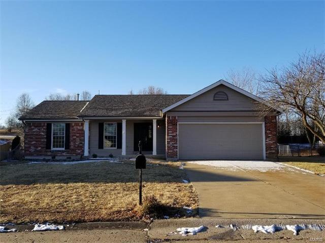 8 Griesenauer, Dardenne Prairie, MO 63368 (#18003632) :: St. Louis Realty