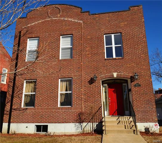 2115 Victor Street, St Louis, MO 63104 (#18003813) :: The Becky O'Neill Power Home Selling Team
