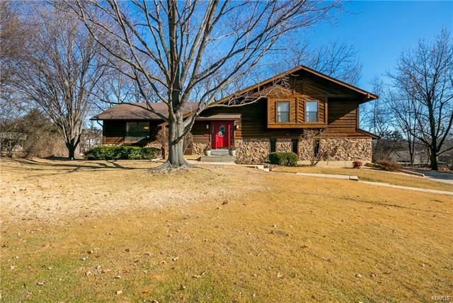 10 Williamsburg Court, Saint Charles, MO 63303 (#18004050) :: St. Louis Finest Homes Realty Group