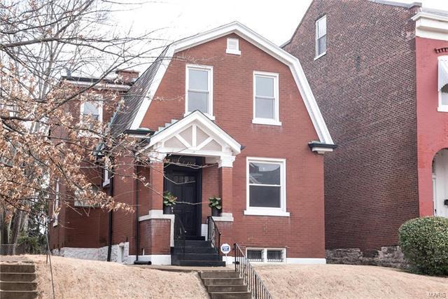 4328 S Compton Avenue, St Louis, MO 63111 (#18004103) :: Sue Martin Team