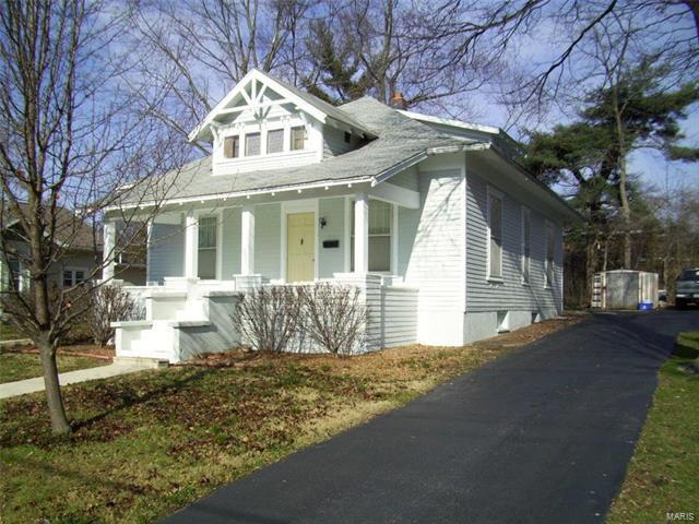 705 College Avenue - Photo 1