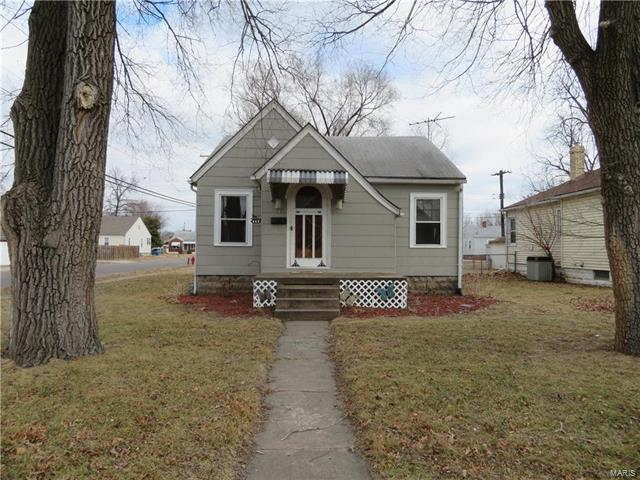 483 George, Wood River, IL 62095 (#18005889) :: Fusion Realty, LLC