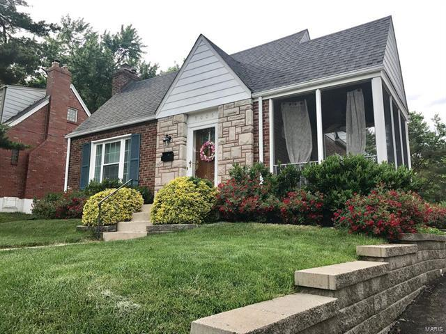 9005 Pine Avenue, St Louis, MO 63144 (#18005891) :: Clarity Street Realty