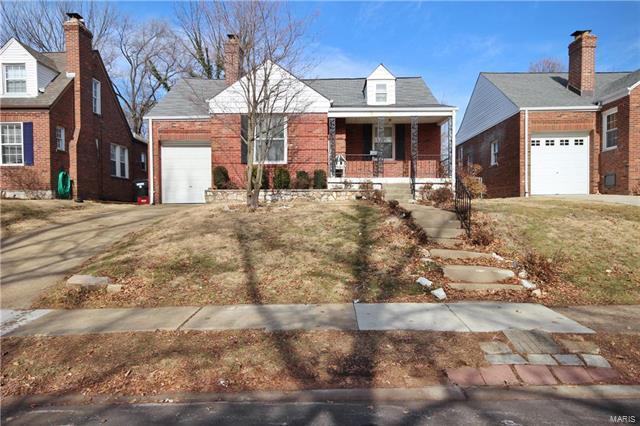 8751 Bridgeport Avenue, St Louis, MO 63144 (#18006579) :: Clarity Street Realty