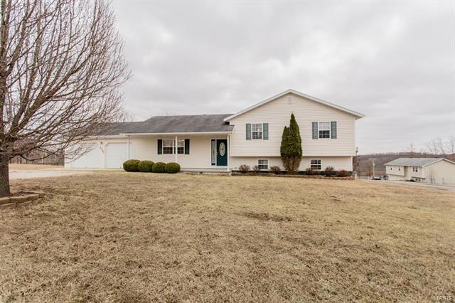 15390 Top Drive, Saint Robert, MO 65584 (#18006737) :: Sue Martin Team