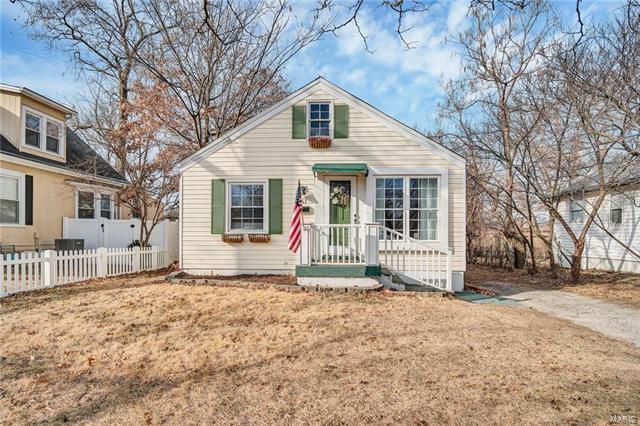 561 Ridge Avenue, St Louis, MO 63119 (#18008012) :: Clarity Street Realty