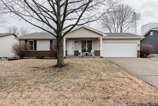3812 Harvest Point Drive, Saint Peters, MO 63376 (#18008014) :: Clarity Street Realty