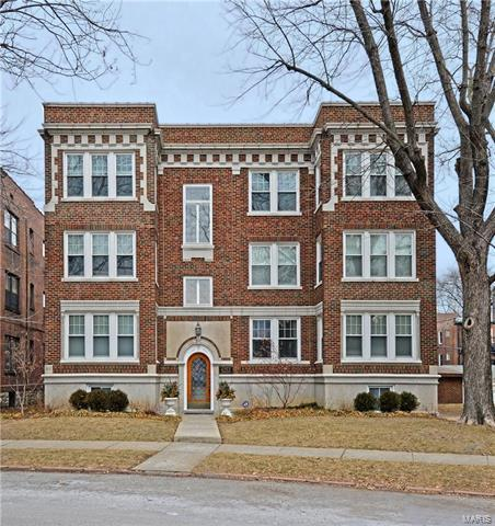 6253 Rosebury Avenue 3E, St Louis, MO 63105 (#18008095) :: Sue Martin Team
