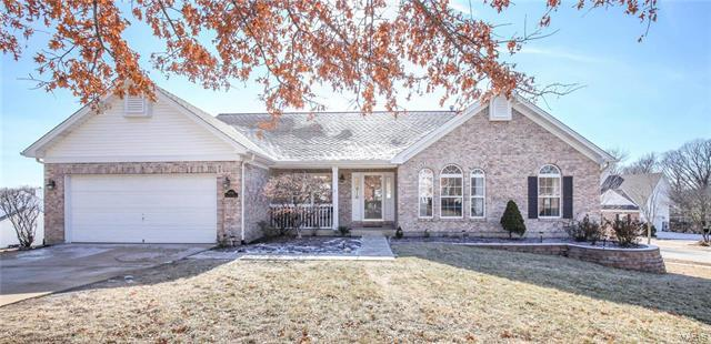 16820 Wildhorse Springs Drive, Chesterfield, MO 63005 (#18008161) :: Clarity Street Realty