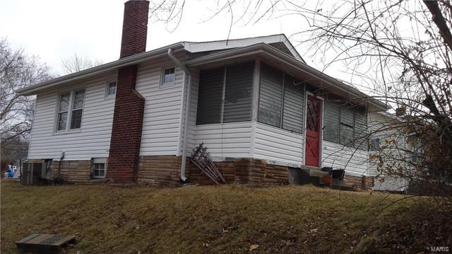 2346 Charlack Avenue, St Louis, MO 63114 (#18008239) :: Clarity Street Realty