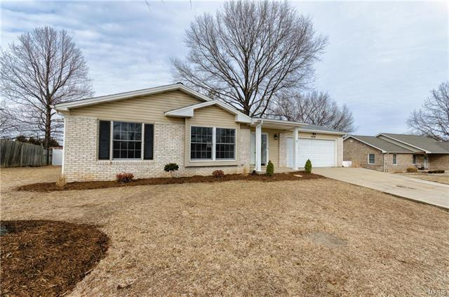 5009 Snowberry, Imperial, MO 63052 (#18008378) :: Clarity Street Realty