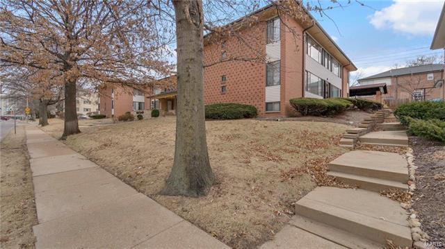 602 S Brentwood #15, St Louis, MO 63105 (#18008421) :: Sue Martin Team