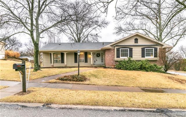 1010 Dutch Mill Drive, Ballwin, MO 63011 (#18008603) :: Holden Realty Group - RE/MAX Preferred
