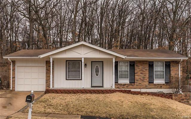 1223 Green Knoll Drive, Fenton, MO 63026 (#18008655) :: Holden Realty Group - RE/MAX Preferred
