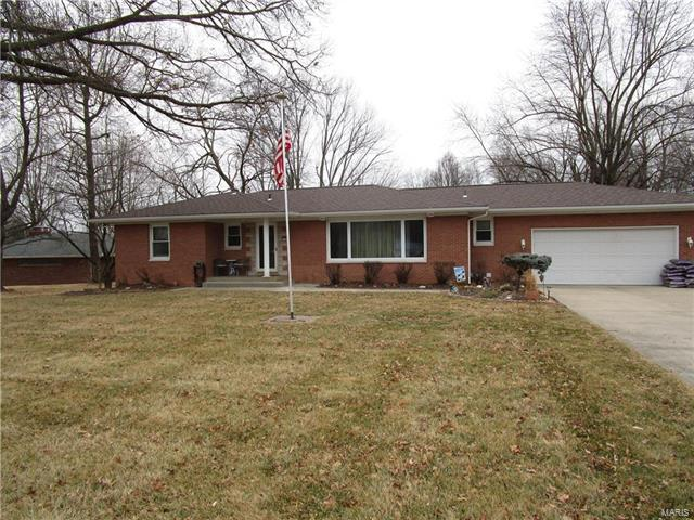 50 Will Vina Drive, Collinsville, IL 62234 (#18009297) :: Holden Realty Group - RE/MAX Preferred