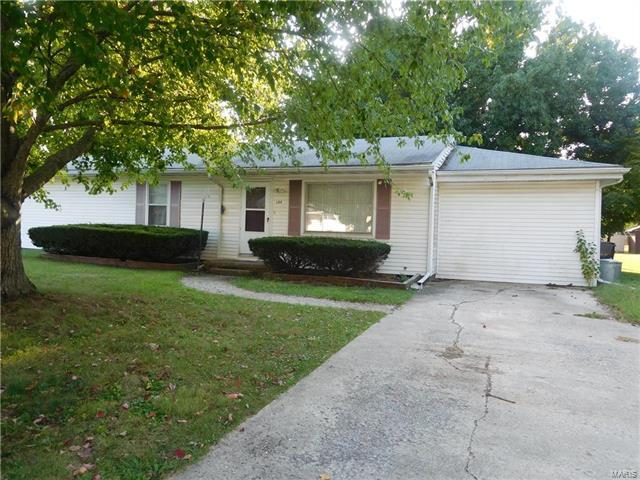 105 Orlando Court, Fairview Heights, IL 62208 (#18010106) :: Clarity Street Realty