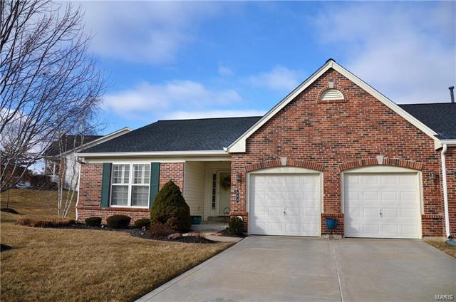 862 Waterford Villas Drive, Lake St Louis, MO 63367 (#18010111) :: Clarity Street Realty