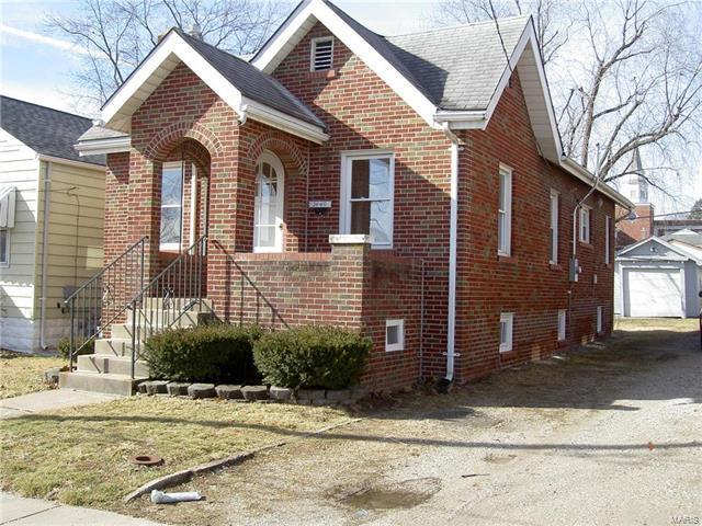 1449 Wachtel, St Louis, MO 63125 (#18010310) :: Sue Martin Team