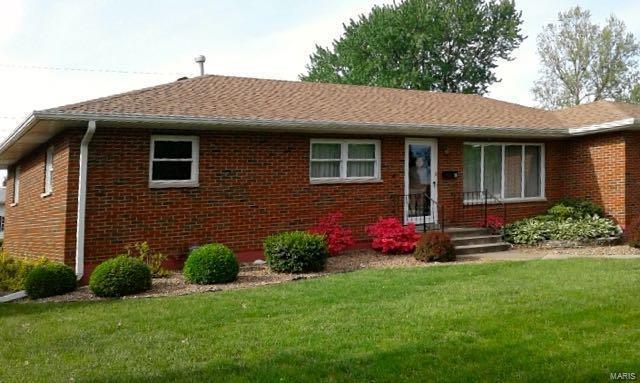 18 Devon Hill Lane, Granite City, IL 62040 (#18010442) :: Fusion Realty, LLC