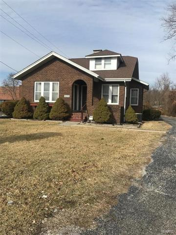 5005 W Main Street, Belleville, IL 62226 (#18010681) :: Holden Realty Group - RE/MAX Preferred