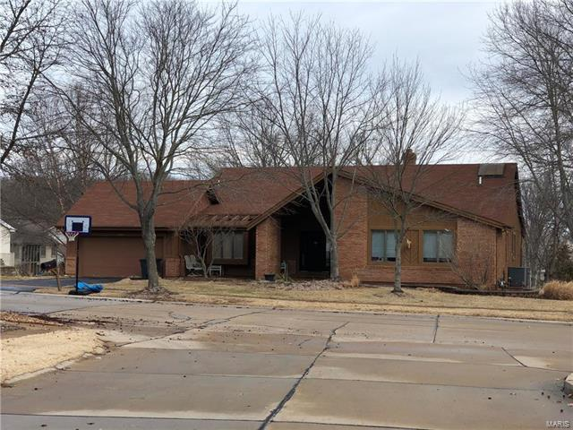 16365 Peppermill, Wildwood, MO 63005 (#18010775) :: Clarity Street Realty