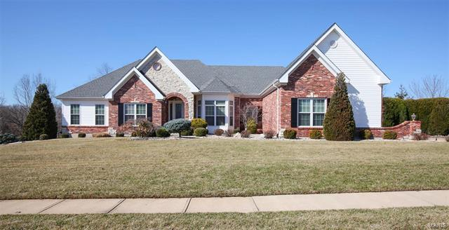 325 Perceval Dr, Weldon Spring, MO 63304 (#18011268) :: The Kathy Helbig Group
