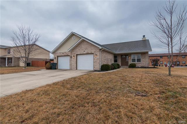 1031 Cool Valley Drive, Belleville, IL 62220 (#18013372) :: Fusion Realty, LLC