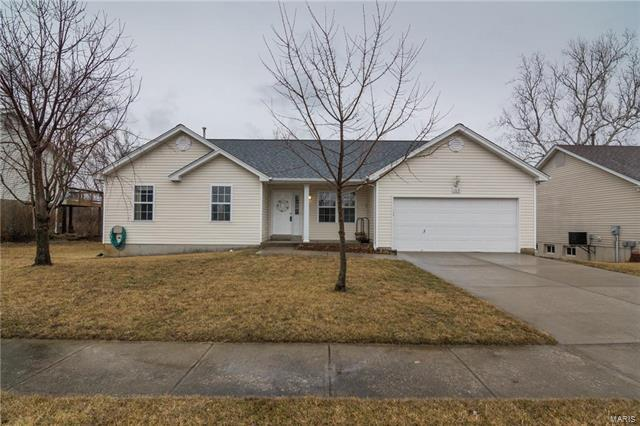 165 Pine Hollow Lane, Collinsville, IL 62234 (#18013399) :: Fusion Realty, LLC