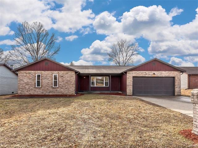 121 Timber Drive, Swansea, IL 62226 (#18013514) :: Holden Realty Group - RE/MAX Preferred