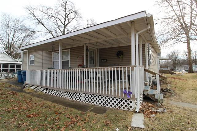 2405 Birch Street, Alton, IL 62052 (#18013542) :: Holden Realty Group - RE/MAX Preferred