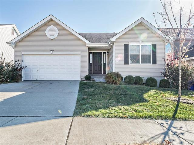 11228 Tea Olive, Bridgeton, MO 63044 (#18013556) :: Holden Realty Group - RE/MAX Preferred