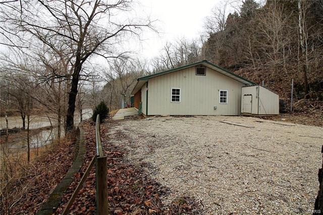 24700 S Highway 7, Richland, MO 65556 (#18013803) :: Walker Real Estate Team